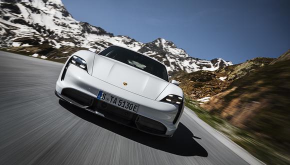 Los motores del nuevo Porsche Taycan llegan cuentan con una autonomía de entre 381 y 450 km/h. (Fotos: Porsche).