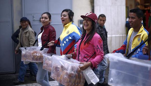 Son 300 mil venezolanos los que han llegado al país, sostuvo el ministro de Trabajo. (Foto: USI)
