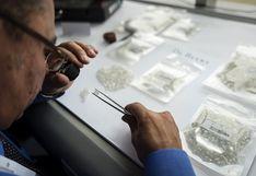 De Beers permite a sus clientes aplazar compras de diamantes