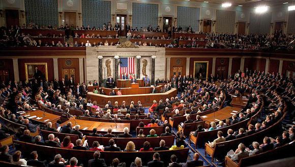 El Congreso de EE.UU. permitió que los pagos por desempleo caducaran el 1 de agosto, y las negociaciones para extenderlos se atascaron debido a una parálisis partidista en que la Casa Blanca y los demócratas tienen enormes diferencias. (Cortesía Wikimedia)