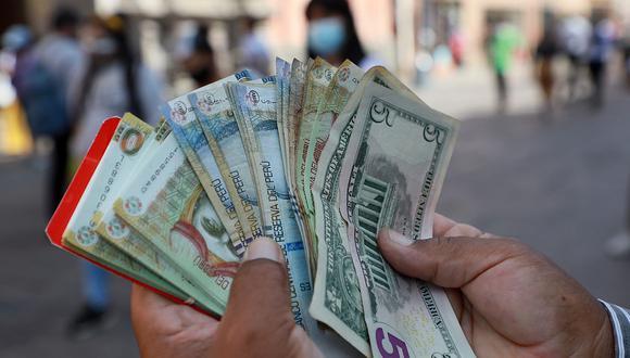 El dólar acumula una ganancia de 9.17% en el mercado cambiario peruano en lo que va del 2021. (Foto: Juan Ponce / GEC)