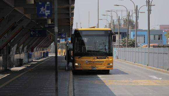 A través de un comunicado, la entidad detalló que el servicio del Metropolitano se brindará de lunes a sábado de 5:00 a. m. a 9:30 p. m. y los domingos de 5:00 a. m. a 9:00 p. m.  (Foto: GEC)
