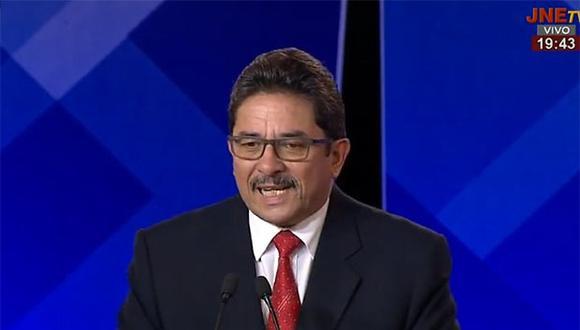 """""""Agradezco a los que votaron por nuestra propuesta a pesar de tremenda anticampaña"""", remarcó Enrique Cornejo. (Foto: JNE)"""