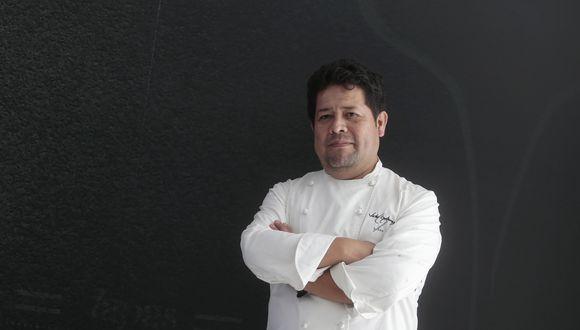 """Autodenominación. Gutiérrez manifiesta que su cocina y él mismo tienen """"alma española, corazón peruano y matices del mundo""""."""