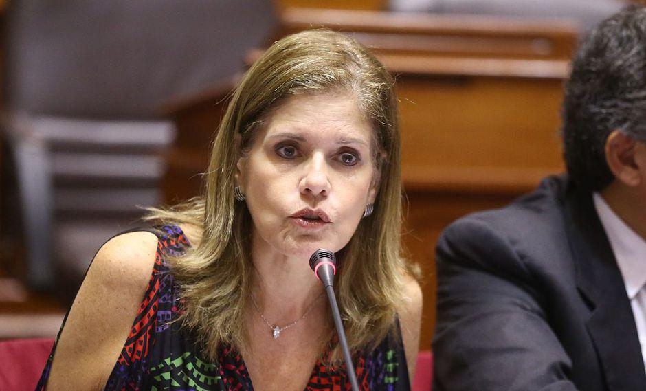 La congresista y vicepresidenta, Mercedes Araoz, dijo que hablaron con Martín Vizcarra sobre la coordinación que debe haber con César Villanueva. (Foto: Congreso)
