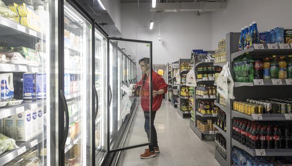 Los consumidores están dispuestos a realizar sus compras en diferentes tiendas minoristas que les asegure que obtendrán exactamente lo que buscan.