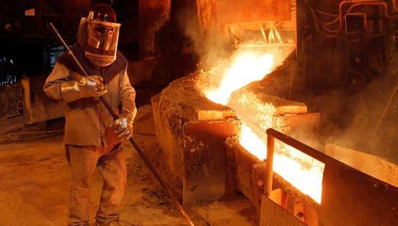 Los precios del cobre alcanzaron los US$ 7,024 la tonelada, pero luego cayeron un 0.9% a US$ 6,938.50.