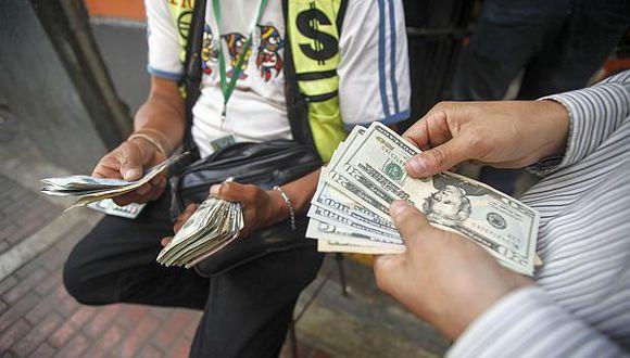 El dólar se vendía a S/ 3.33 en las casas de cambio esta mañana. (Foto: GEC)