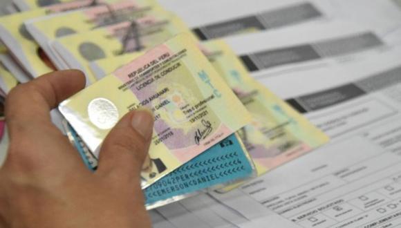 Te explicamos qué sucede si tramitas tu licencia de conducir electrónica y física al mismo tiempo. (Foto: Andina)