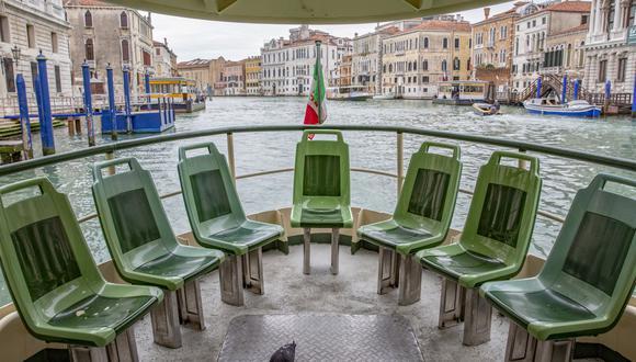 Italia, uno de los núcleos iniciales del virus en Europa, impuso un aislamiento regional a finales de febrero antes de aplicarlo a todo el país a principios de marzo. (Bloomberg)
