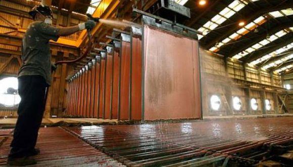 El cobre se mantenía cerca aún de los US$ 6,633 tocados el 13 de julio. (Foto: Reuters)