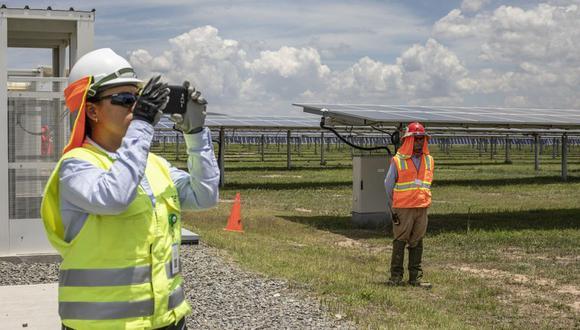 Trabajadores de la planta solar fotovoltaica Don José de Enel Green Power México en San Luis de la Paz, México, en agosto del 2019. Fotógrafo: Alejandro Cegarra / Bloomberg