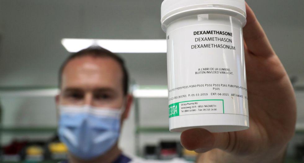 El Reino Unido comenzará inmediatamente a suministrar dexametasona a los pacientes con COVID-19, anunció el ministro de Sanidad, Matt Hancock. REUTERS/Yves Herman