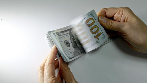 En el mercado paralelo o informal, el tipo de cambio se cotiza a S/ 3.561 la venta. (Foto: GEC)
