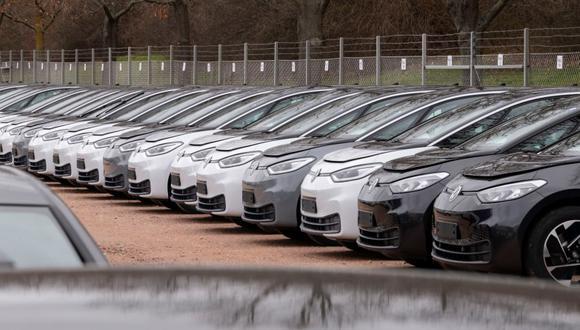 Vehículos eléctricos ID-3 en la planta de Volkswagen AG en Zwickau, Alemania, el 25 de febrero del 2020. El sector de automóviles eléctricos en Europa sigue en expansión. (Foto: AP FotoJens Meyer)(ASSOCIATED PRESS)