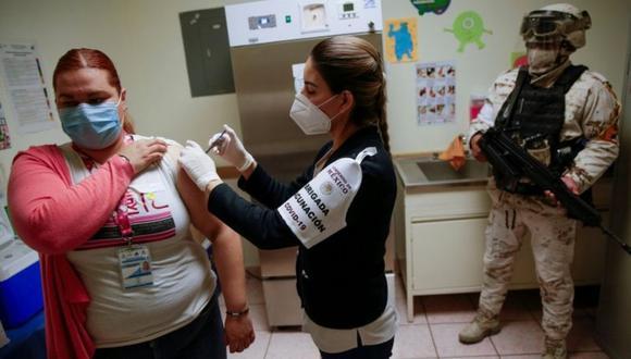 Durante el primer trimestre de este año, Chile espera vacunar alrededor de 5 millones de personas. (Foto: Referencial/REUTERS)