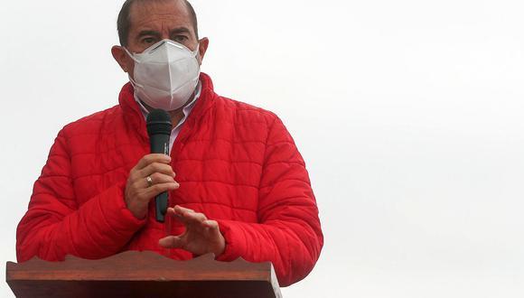 Walter Martos, jefe del Gabinete Ministerial, dijo que respetarán la decisión que tome Martín Vizcarra. (Foto: GEC)