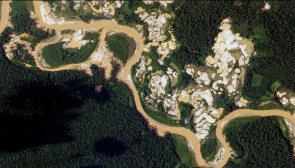 La imagen muestra los principales puntos de deforestación y presencia de minería ilegal en la Reserva Nacional de Tambopata. (Imagen: Planet Labs).