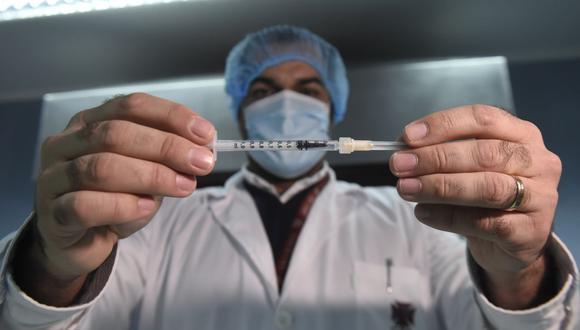 Estas nuevas dosis de la vacuna de Pfizer/BioNTech comenzarán a ser entradas en el segundo trimestre de 2021. (Foto: AFP).