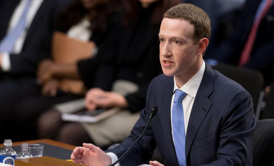 """En una conversación pública online con el profesor de Derecho de la Universidad de Harvard Jonathan Zittrain, Mark Zuckerberg se mostró abierto a recurrir al """"blockchain"""" para dar más privacidad a sus usuarios. (Foto: AFP)"""
