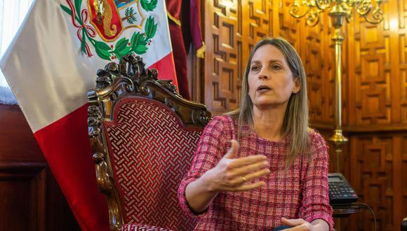 María del Carmen Alva, presidenta del Parlamento, respondió a la premier Mirtha Vásquez. (Foto: archivo GEC)
