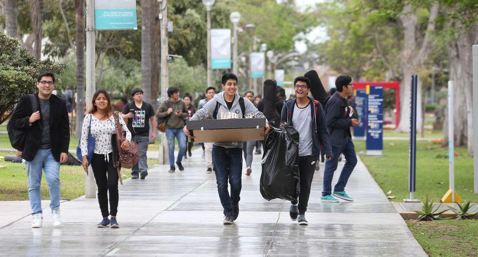 La iniciativa busca que los estudiantes puedan pagar las cuotas luego de la emergencia y sin intereses.. (Foto: GEC)
