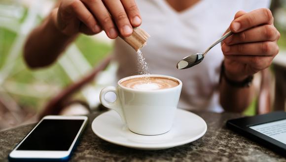 La única diferencia real entre azúcar y panela es el sabor, sostiene la nutricionista Sylvia Rodríguez de Healthy Pleasure Blog.