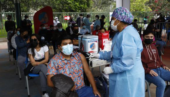 La vacunación contra el COVID-19 a nivel nacional avanza a buen ritmo y ya son más de 11 millones las personas inmunizadas. (Foto: GEC/ Eduardo Cavero)