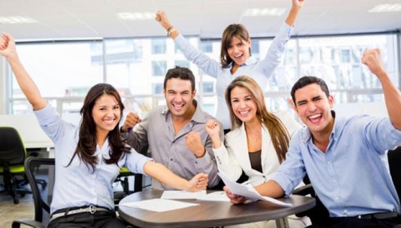 Foto 4   BUEN CLIMA LABORAL. Uno de los valores fundamentales en una empresa es el respeto por los trabajadores que va de la mano con la lealtad para la empresa. Esto quiere decir que mientras los empleadores entreguen un lugar de trabajo individual, posibilidad de capacitación y un ambiente cálido, las personas demostraran más fidelidad con la empresa. Al mismo tiempo, este valor de respetar al otro considera las relaciones interpersonales entre empleador y trabajador, pero también entre colegas. (Foto: pqs)