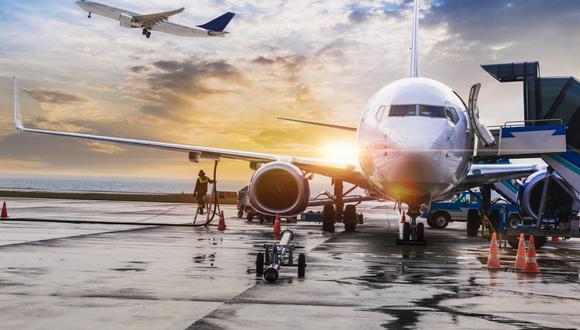 Durante el próximo año, el tráfico aéreo se mantendrá un 30% por debajo de los niveles registrados en el 2019. (Foto: iStock)