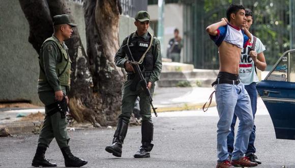 Policía patrulla calles de Caracas durante operativo contra delincuencia. (Foto: EFE)