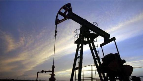 Los especuladores, por su parte, están aumentando las apuestas en el mercado de opciones de que el petróleo alcanzará el preciado nivel en diciembre del 2022.