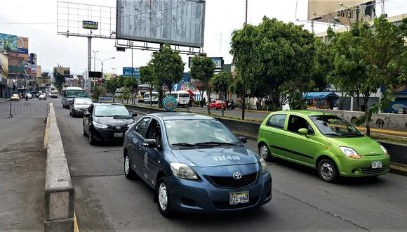 Los taxis del 2005 podrán circular hasta el 31 de diciembre del 2021. (Foto: GEC)