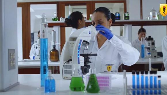 Malagá informó que hasta el momento han vacunado a 1,400 voluntarios y que ya están próximos a empezar con la segunda dosis. (Foto: EFE)