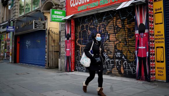 """Los planes de estímulo de varios Gobiernos de la región, unidos a un ligero repunte de la actividad económica mundial, han permitido comenzar una recuperación """"modesta"""" en la segunda mitad del 2020. (Photo by Tolga Akmen / AFP)"""