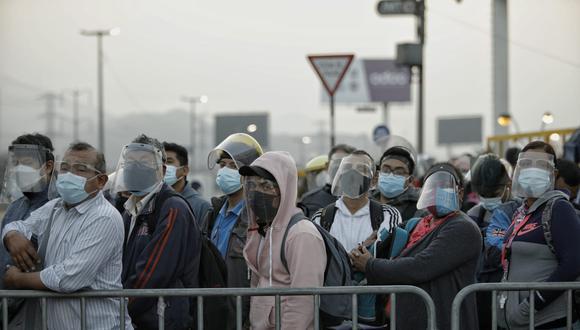 Minsa actualizó las cifras de contagios y fallecidos en medio de la segunda ola de COVID-19. (Foto: El Comercio)