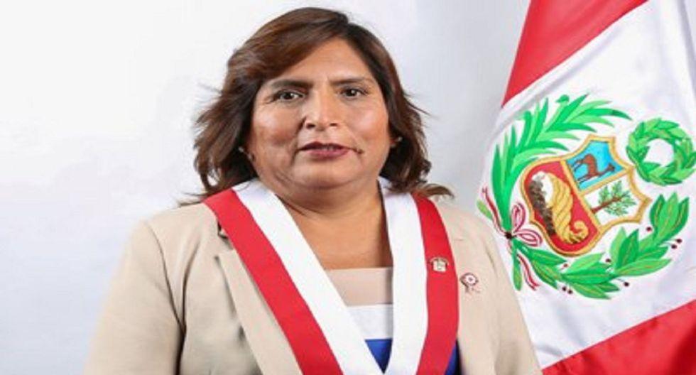 Congresista Betty Ananculí.