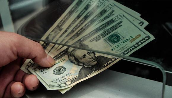 En el mercado paralelo o informal, el tipo de cambio se cotiza a S/ 3.587 la venta. (Foto: GEC)