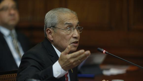 El ex fiscal de la Nación, Pedro Chávarry, confirmó su renuncia dos días después de que se violara el lacrado de dos oficinas. (Foto: GEC)