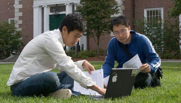 Otro dato destacado apunta a que ninguna universidad del mundo cuenta con un número mayor entre los principales 50 departamentos del mundo que la Universidad de Toronto (Canadá).