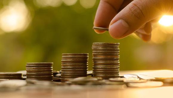 Llegado a los 30 años deberías tener algo de dinero guardado para el futuro o cualquier emergencia que se presente. (Foto: Shutterstock)