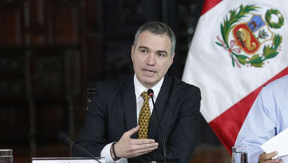 El presidente del Consejo de Ministros, Salvador del Solar, presidió la conferencia de prensa en la que presentaron sus iniciativas para la reforma política. (Foto: Difusión)
