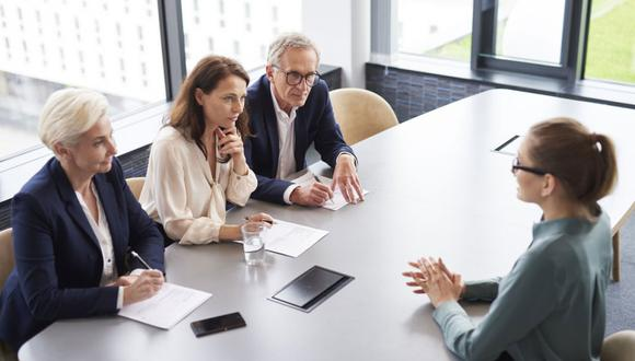 La entrevista de trabajo es tu oportunidad para demostrar por qué mereces el empleo. Algunas empresas suelen medir tu nivel inglés con preguntas en ese idioma (Foto: Foto: AP)