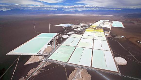 Las empresas SQM y Albemarle,los dos principales productores mundiales de litio,explotan el mineral en el Salar de Atacama en el norte de Chile. (Foto: GEC)