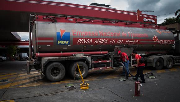 Petróleos de Venezuela o PDVSA ha pagado por los préstamos mediante la entrega de barriles a Rosneft y tenía una deuda pendiente cercana a US$ 1,800 millones.