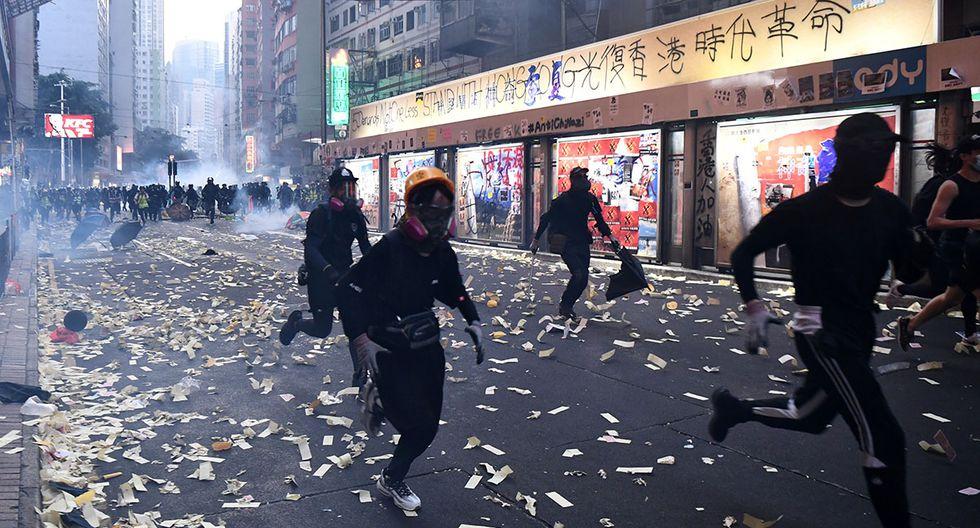 Los hongkoneses continúan en las calles cuatro meses después de lo que supuso el pistoletazo de salida de este momento de particular desarraigo social en el mundo. (Foto: AFP)