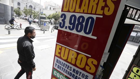 En la víspera, el dólar tocó mínimo de tres meses al cerrar en S/ 3.97 en el mercado cambiario. (Foto: GEC)