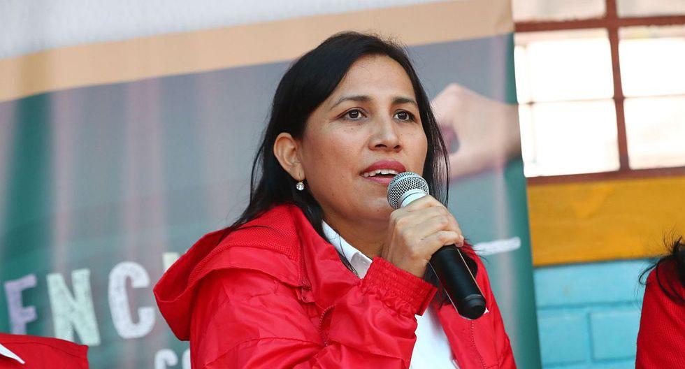La ministra Flor Pablo Medina consideró necesario que entre un reemplazo a la brevedad al Ministerio de Energía y Minas. (Foto: Andina)
