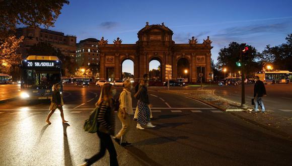 Joaquín Pérez Rey, secretario de Estado de Empleo de España, dijo que lo importante no es cuántos días se trabajan, sino el equilibrio entre la vida laboral y personal, y que eso no se resolverá con un día menos.