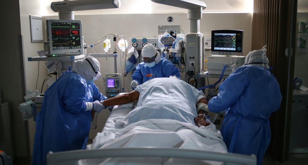 Muchos profesionales de la salud se han contagiado de coronavirus durante sus labores. (Foto: GEC)